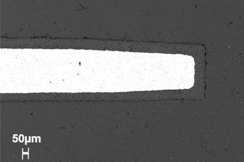 Unsere Schichten entstehen durch Umwandlung der Metalloberfläche und sind somit fest mit dem Leichtmetall verbunden.