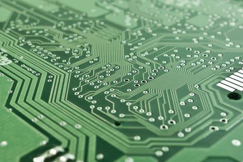 Unsere Oberflächenlösungen machen den Einsatz von Leichtmetallen in der Elektrotechnik möglich.
