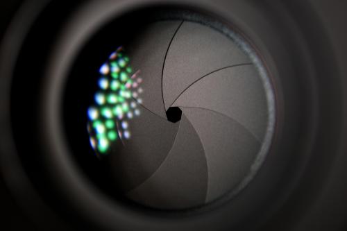 Funktionale Oberflächen und Beschichtungen sind wesentliche Bestandteile optischer Systeme.